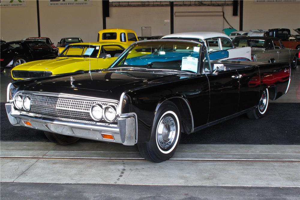 1963 LINCOLN CONTINENTAL CONVERTIBLE - Front 3/4 - 108233