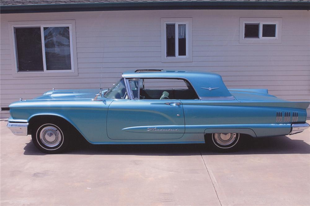 1960 FORD THUNDERBIRD 2 DOOR HARDTOP COUPE - Side Profile - 108237
