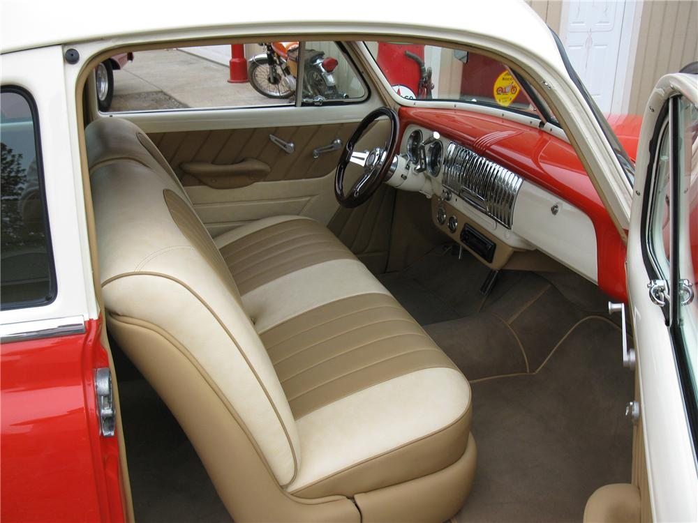 1951 CHEVROLET STYLELINE 2 DOOR CUSTOM COUPE - Interior - 108278