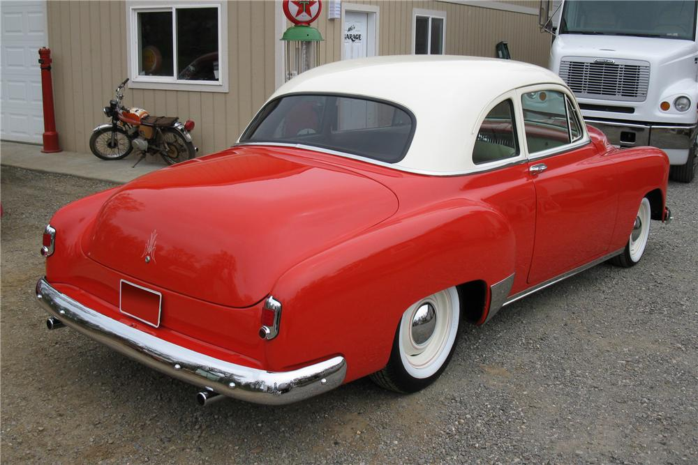 1951 CHEVROLET STYLELINE 2 DOOR CUSTOM COUPE - Rear 3/4 - 108278
