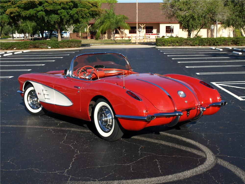 1958 CHEVROLET CORVETTE CONVERTIBLE - Rear 3/4 - 108297