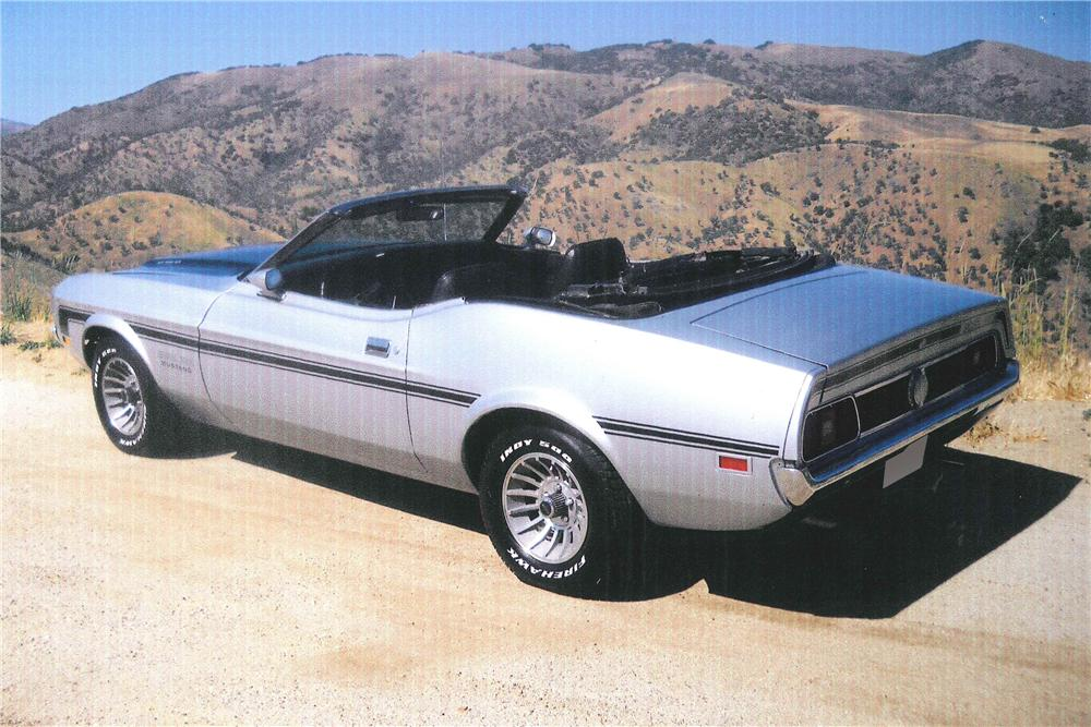 1971 FORD MUSTANG CUSTOM CONVERTIBLE - Rear 3/4 - 108309