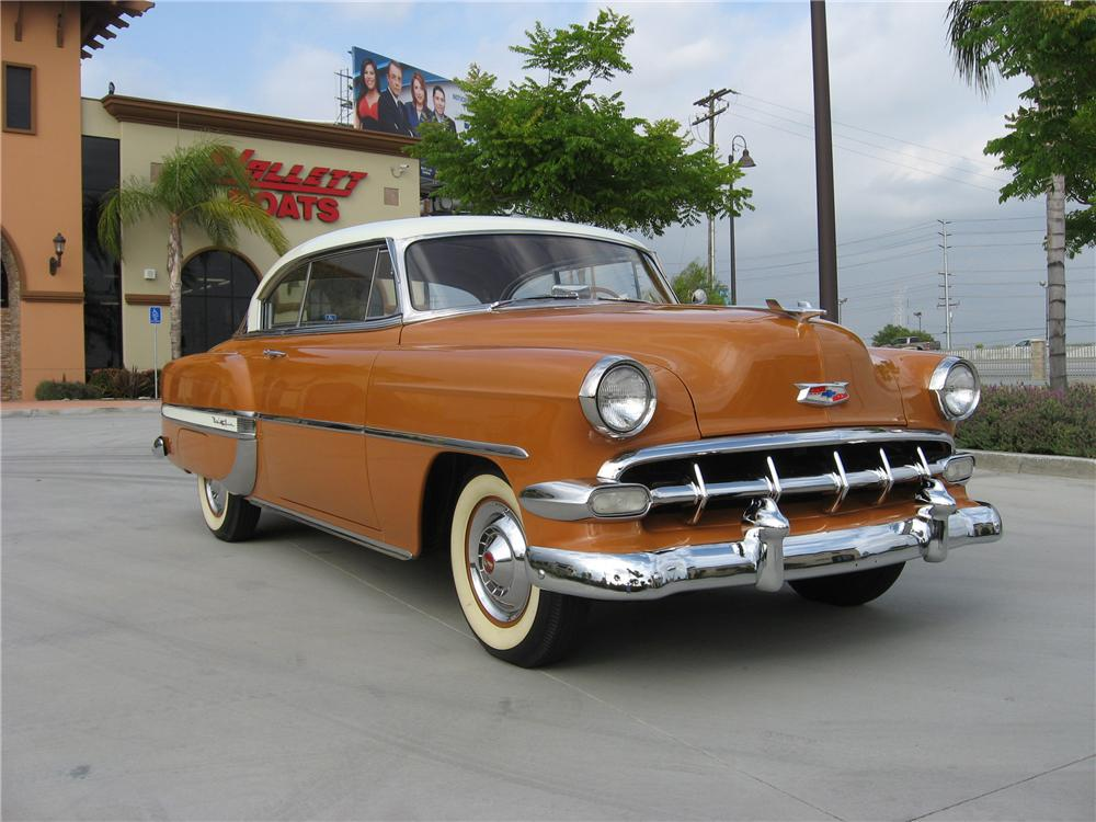 1954 CHEVROLET BEL AIR 2 DOOR SPORT COUPE - Front 3/4 - 108312