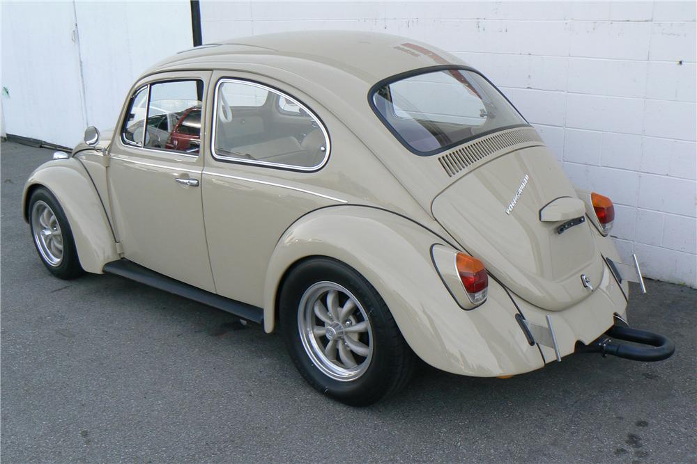 1968 VOLKSWAGEN BEETLE CUSTOM 2 DOOR - Rear 3/4 - 108323