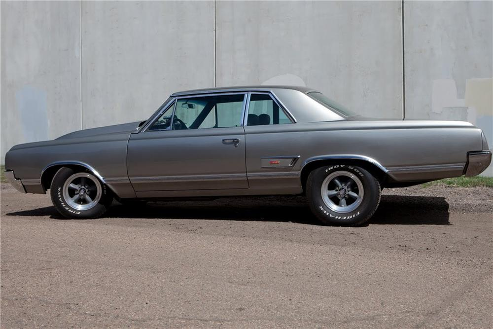 1965 OLDSMOBILE CUTLASS CUSTOM SPORTS COUPE - Side Profile - 108429