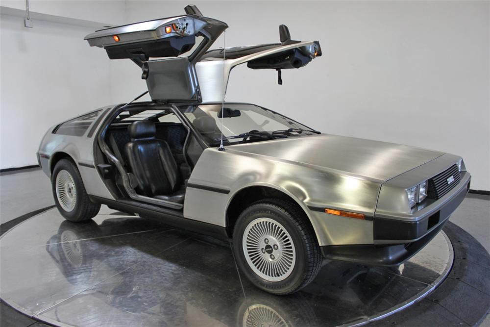 1981 DELOREAN DMC-12 GULLWING - Side Profile - 108434