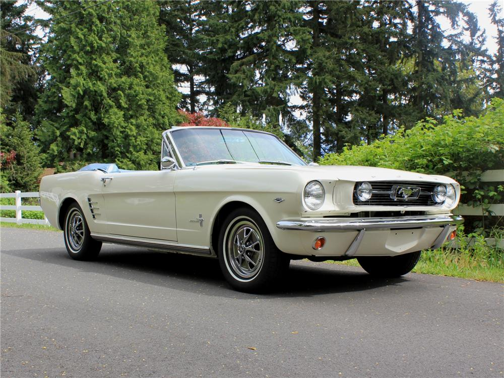 1966 FORD MUSTANG CONVERTIBLE - Front 3/4 - 108436