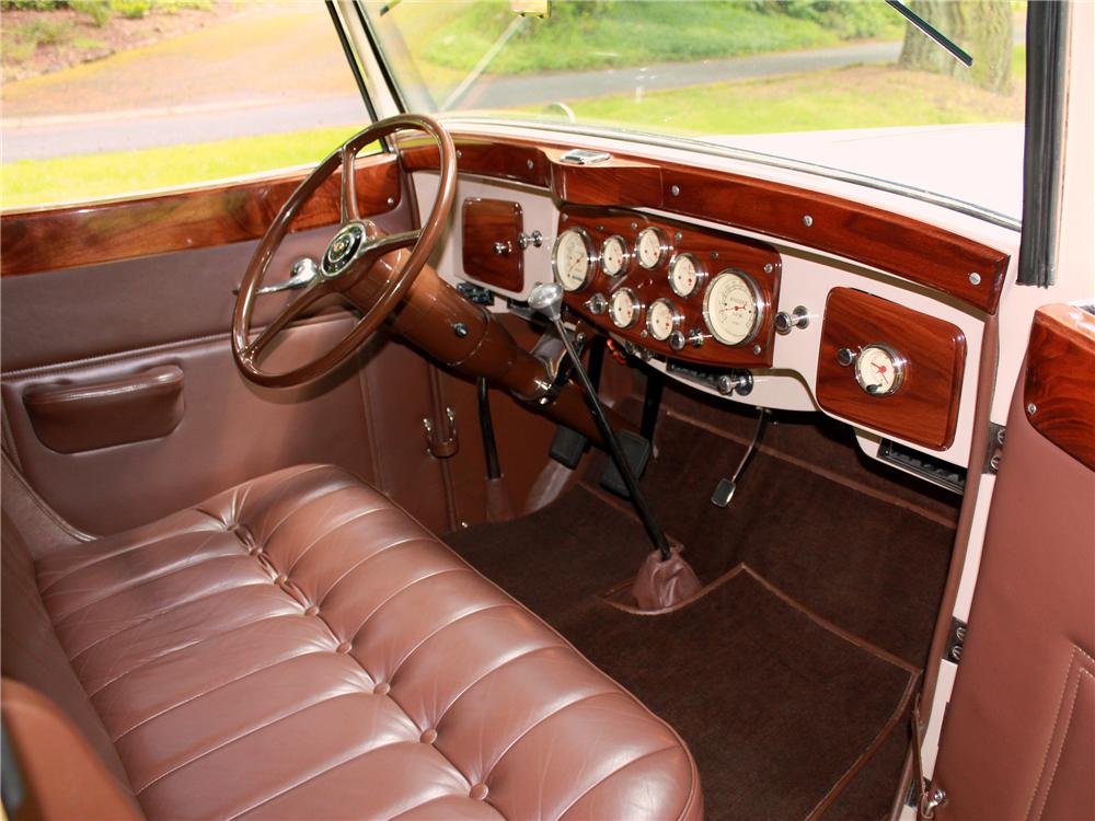 1933 PACKARD ROADSTER RE-CREATION - Interior - 108440