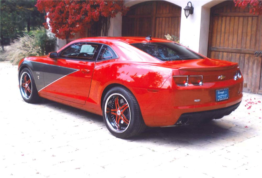 2010 CHEVROLET CAMARO SS 2 DOOR CUSTOM COUPE - Rear 3/4 - 108460