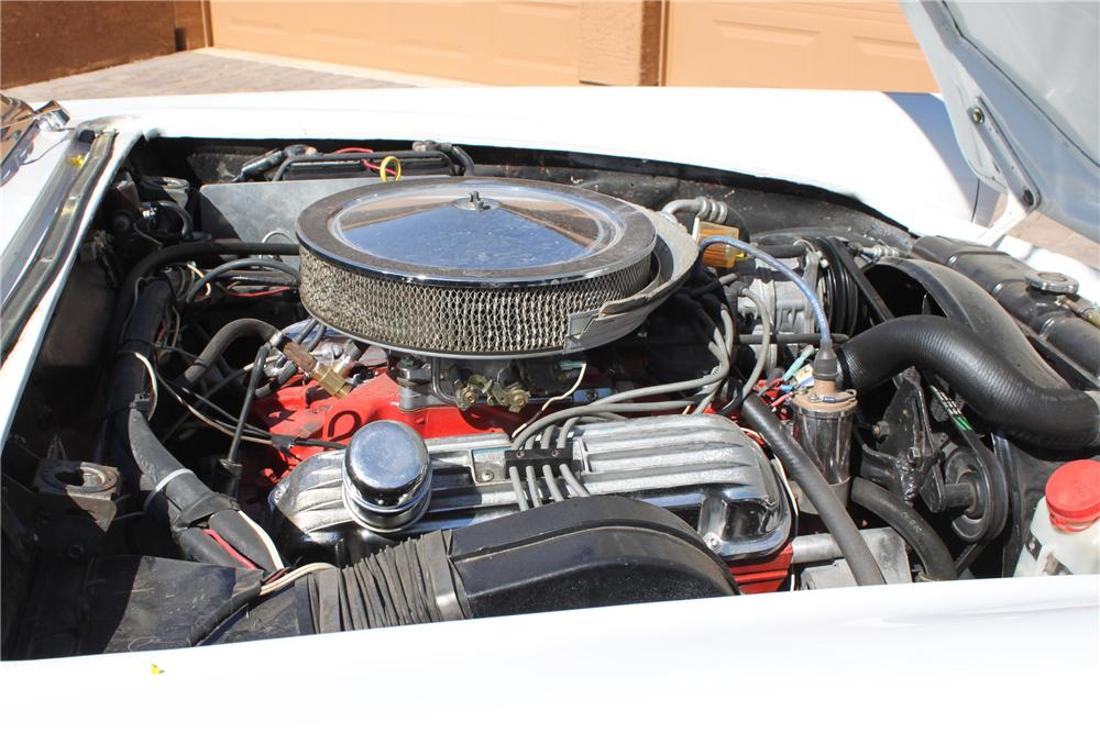 1957 FORD THUNDERBIRD CONVERTIBLE - Engine - 108467