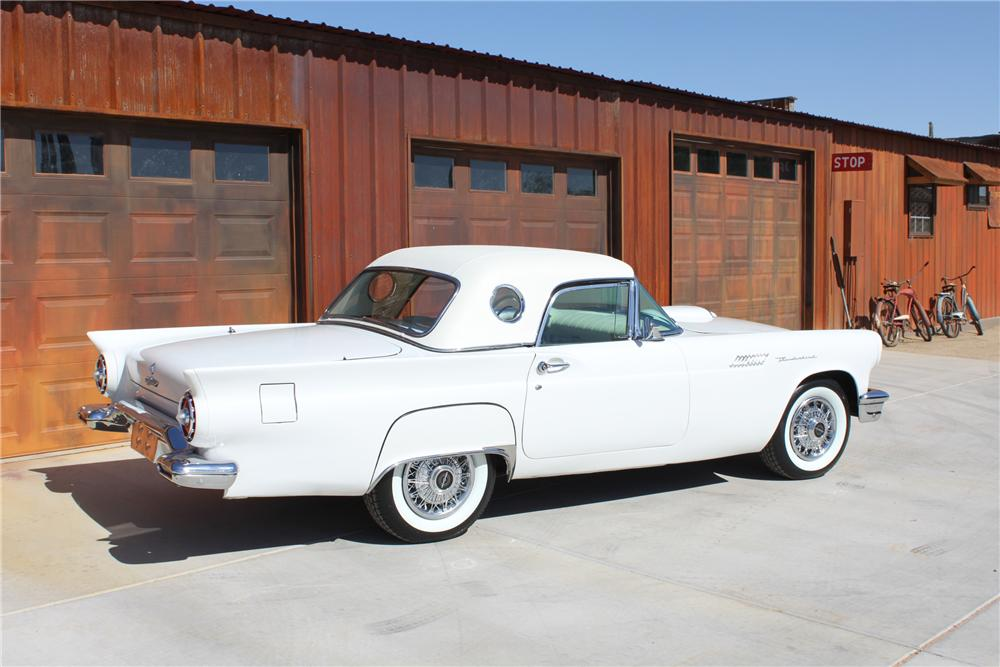 1957 FORD THUNDERBIRD CONVERTIBLE - Rear 3/4 - 108467