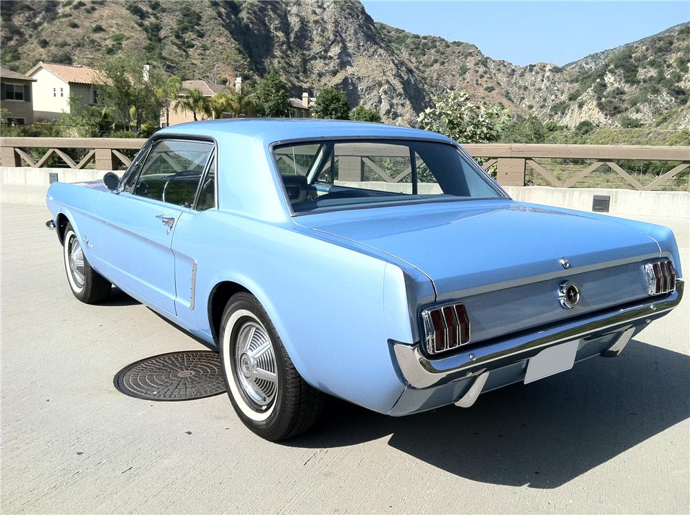 1965 FORD MUSTANG 2 DOOR COUPE - Rear 3/4 - 108694