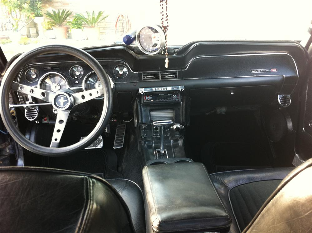 1968 FORD MUSTANG CUSTOM COUPE - Interior - 109193