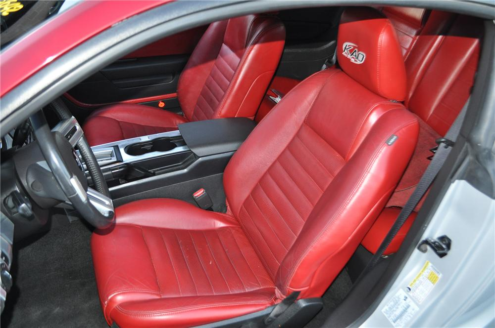 2006 FORD MUSTANG 2 DOOR CUSTOM COUPE - Interior - 109493
