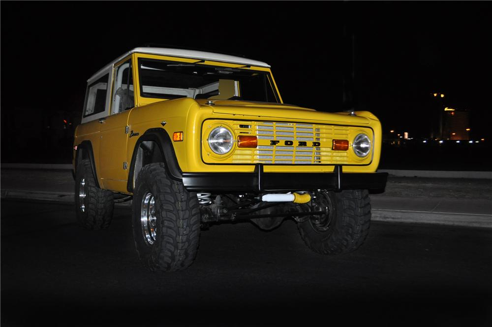1973 FORD BRONCO CUSTOM SUV - Front 3/4 - 109973