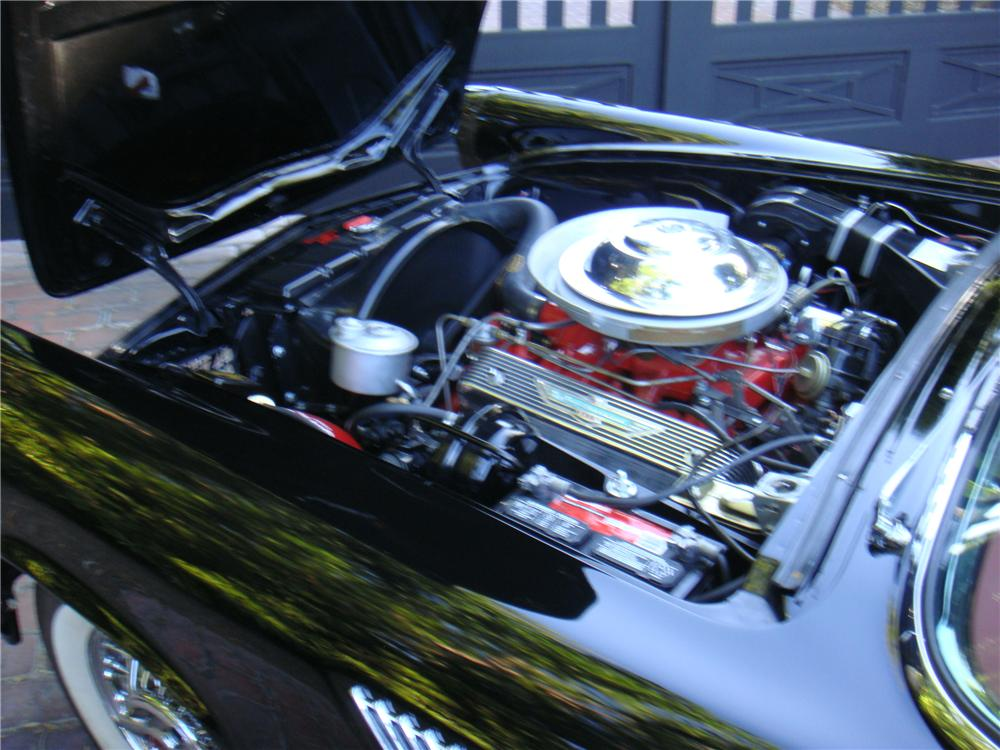 1955 FORD THUNDERBIRD CONVERTIBLE - Engine - 110174