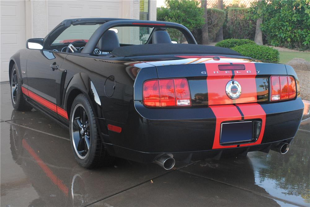 2008 FORD SHELBY GT BARRETT-JACKSON EDITION - Rear 3/4 - 112570