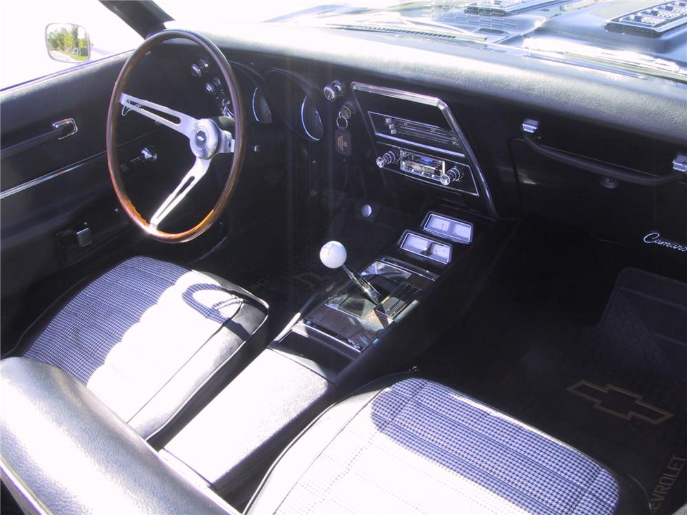 1968 CHEVROLET CAMARO RS/SS CONVERTIBLE - Interior - 112598