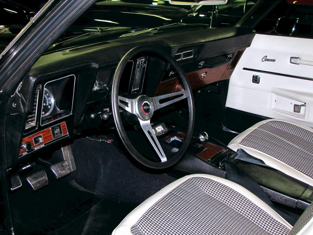 1969 CHEVROLET CAMARO CUSTOM 2 DOOR COUPE - Interior - 112601