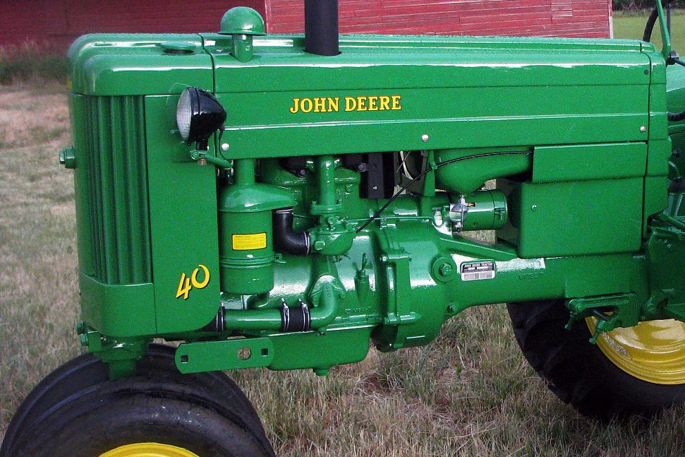 1953 JOHN DEERE MODEL 40 TRACTOR - Engine - 112606