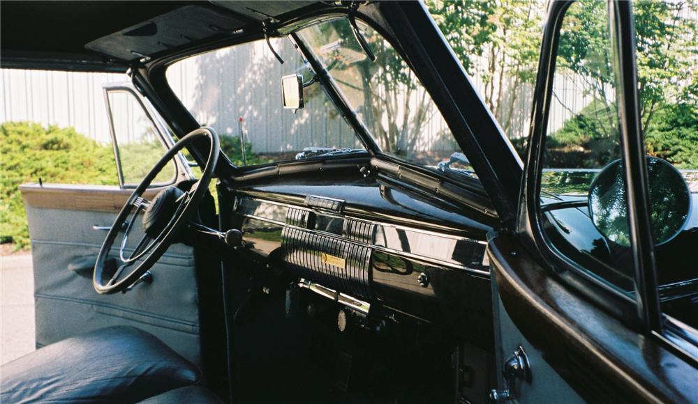 1940 CADILLAC SERIES 75 4 DOOR CONVERTIBLE - Interior - 112609