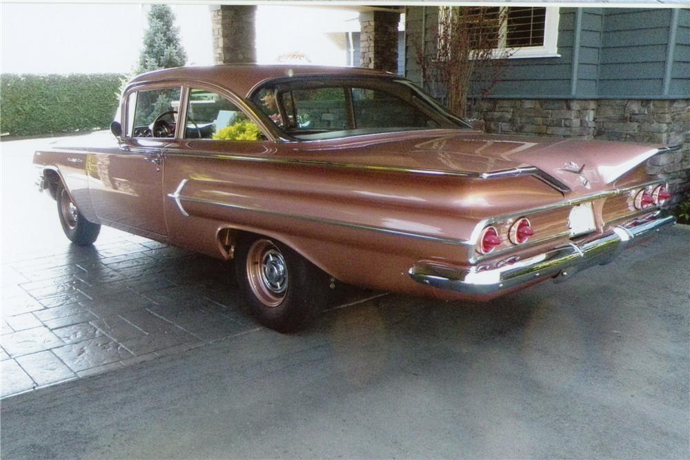 1960 CHEVROLET BEL AIR 2 DOOR SEDAN - Rear 3/4 - 112610