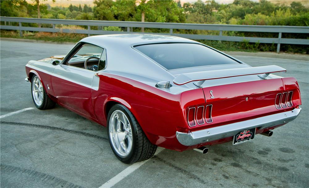 1969 FORD MUSTANG CUSTOM FASTBACK - Rear 3/4 - 112653