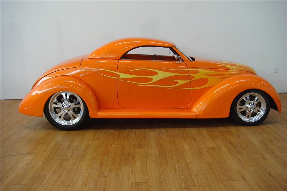 1939 FORD CUSTOM ROADSTER - Side Profile - 112663