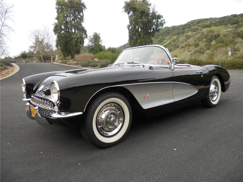 1957 CHEVROLET CORVETTE CONVERTIBLE - Front 3/4 - 112664