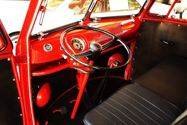 1964 VOLKSWAGEN DOUBLE CAB PICKUP - Interior - 112675