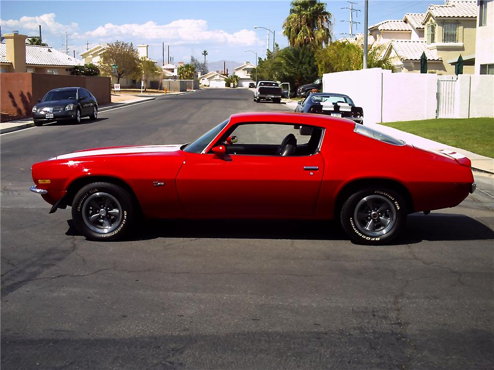 1971 CHEVROLET CAMARO Z/28 RS COUPE - Side Profile - 112716