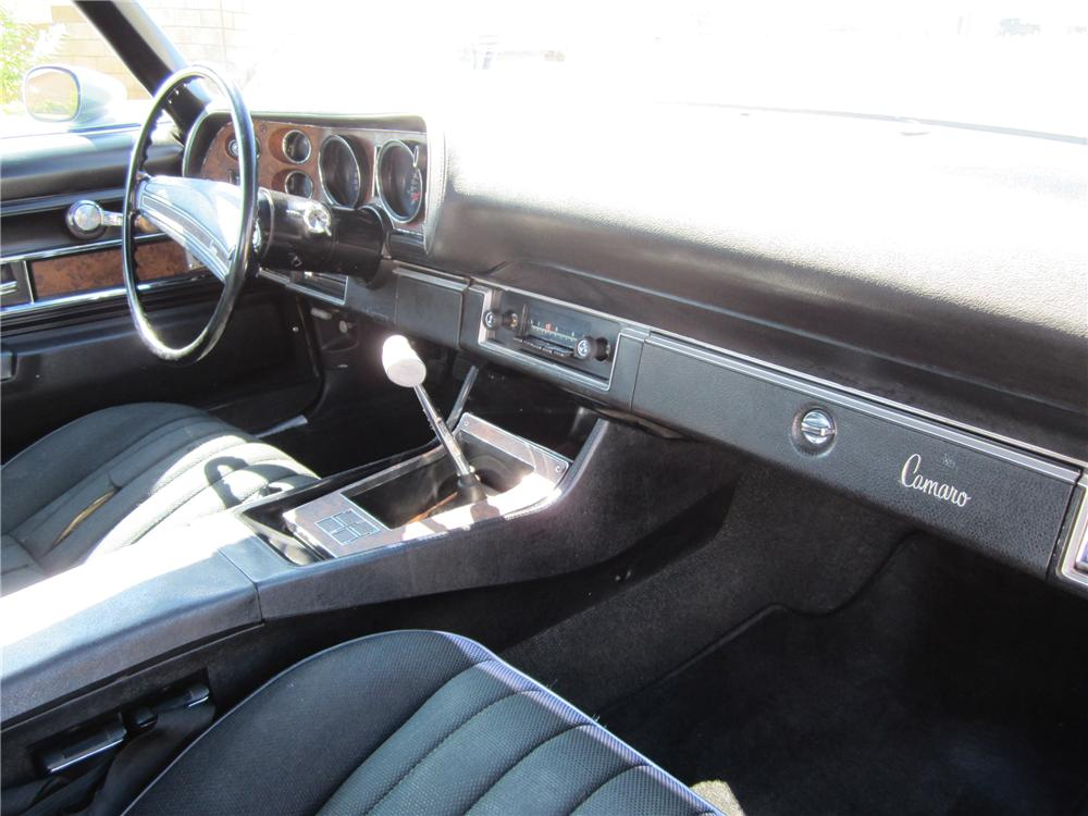 1971 CHEVROLET CAMARO Z/28 COUPE - Interior - 112719