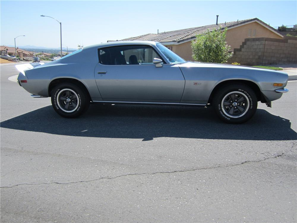 1971 CHEVROLET CAMARO Z/28 COUPE - Side Profile - 112719