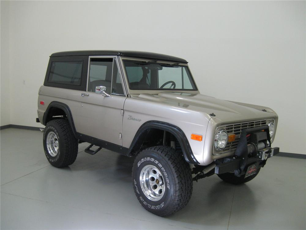 1974 FORD BRONCO CUSTOM 4X4 SUV - Side Profile - 112726