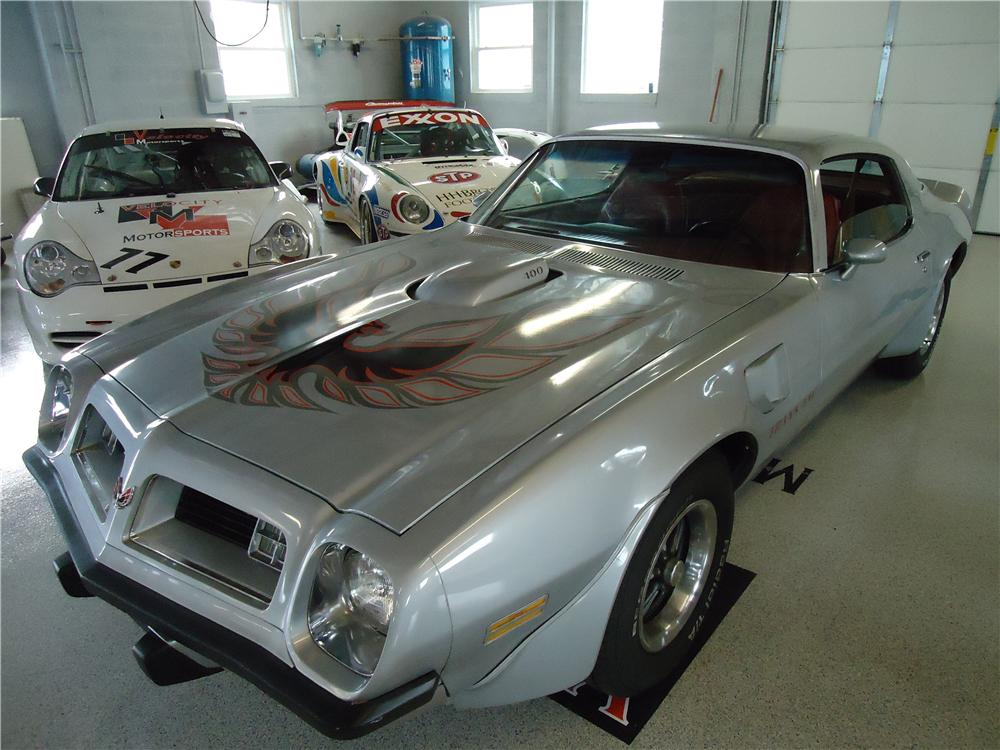 1975 PONTIAC FIREBIRD TRANS AM 2 DOOR COUPE - Front 3/4 - 112730