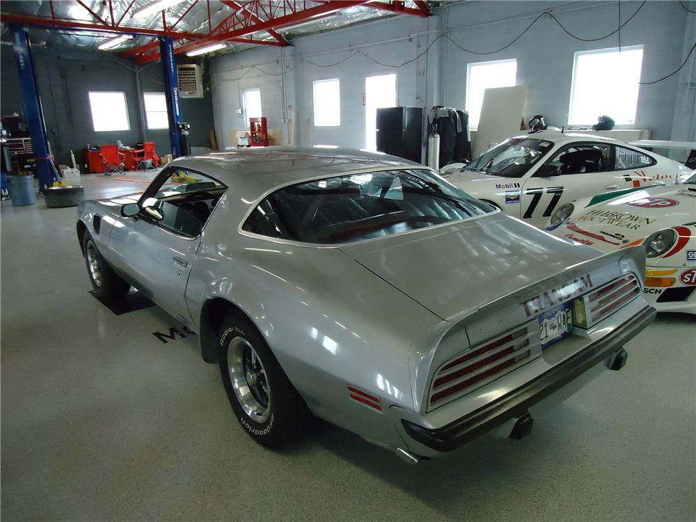 1975 PONTIAC FIREBIRD TRANS AM 2 DOOR COUPE - Rear 3/4 - 112730