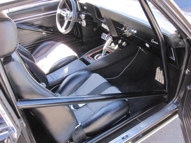 1969 CHEVROLET CAMARO CUSTOM COUPE - Interior - 112737