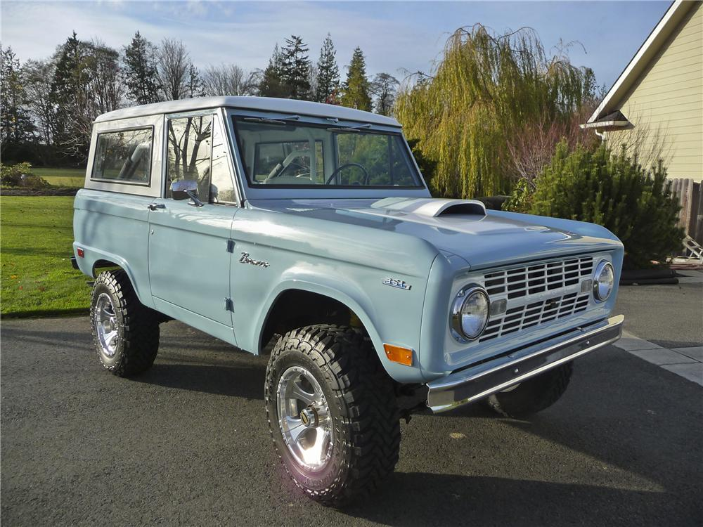 1968 FORD BRONCO CUSTOM SUV - Front 3/4 - 112750