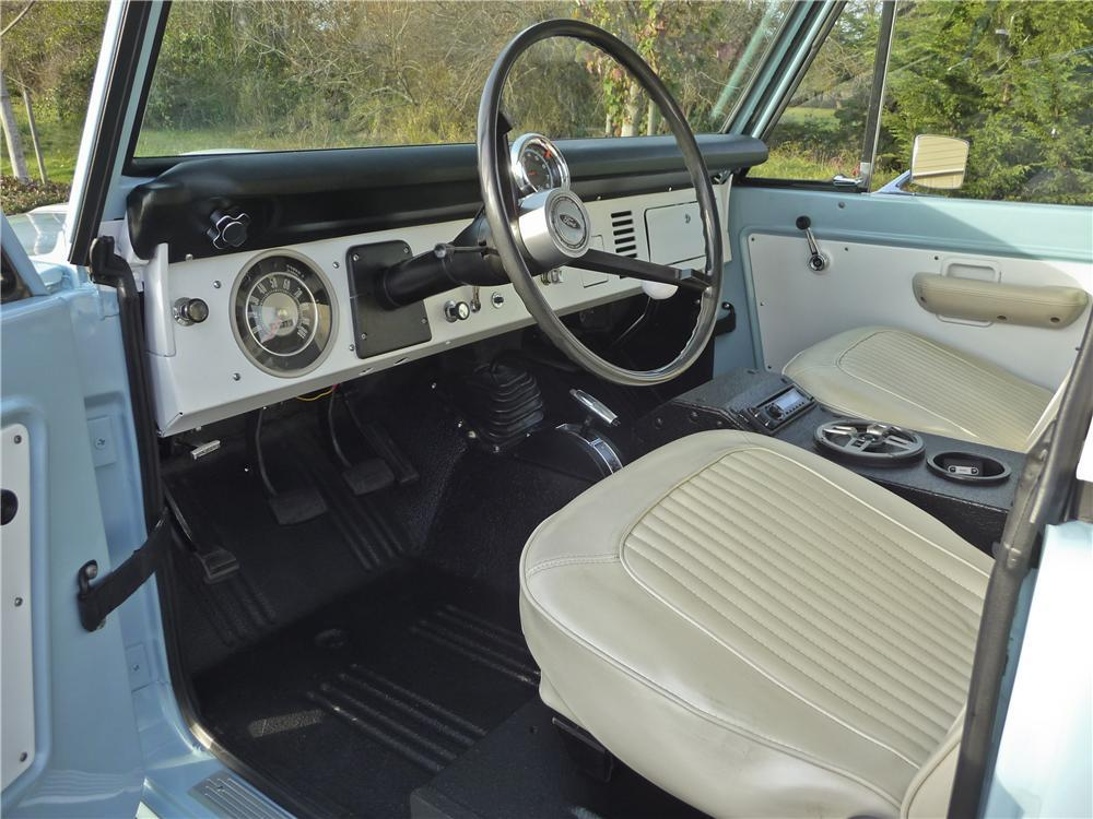 1968 FORD BRONCO CUSTOM SUV - Interior - 112750