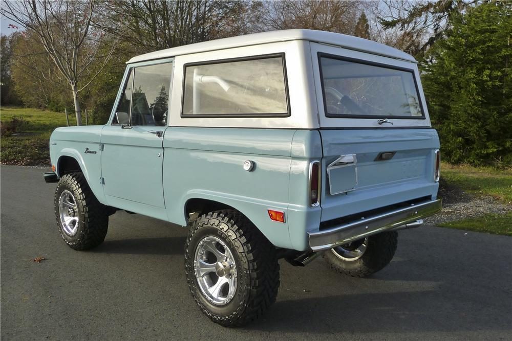 1968 FORD BRONCO CUSTOM SUV - Rear 3/4 - 112750