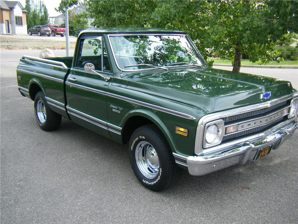 1970 CHEVROLET C-10 FLEETSIDE SHORTBOX PICKUP - Front 3/4 - 112751
