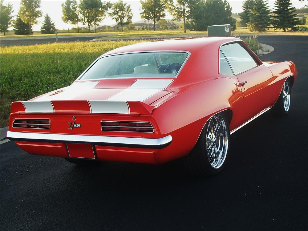 1969 CHEVROLET CAMARO CUSTOM COUPE - Rear 3/4 - 112756
