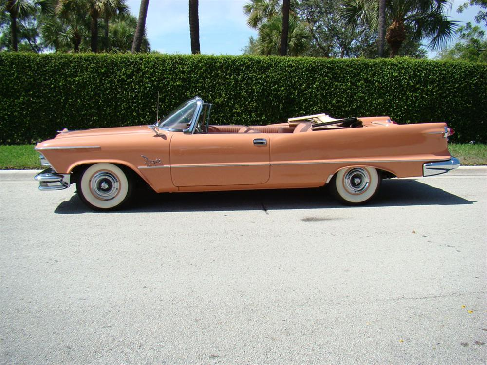 1957 CHRYSLER IMPERIAL CROWN CONVERTIBLE - Side Profile - 112766