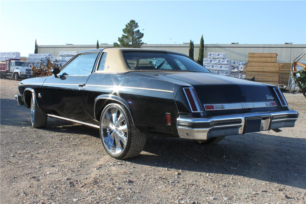 1975 OLDSMOBILE CUTLASS 2 DOOR COUPE - Rear 3/4 - 112768