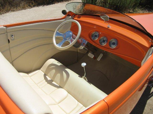 1932 FORD HI-BOY CUSTOM ROADSTER - Interior - 112792