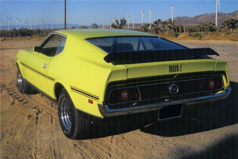 1972 FORD MUSTANG MACH 1 FASTBACK - Rear 3/4 - 112801