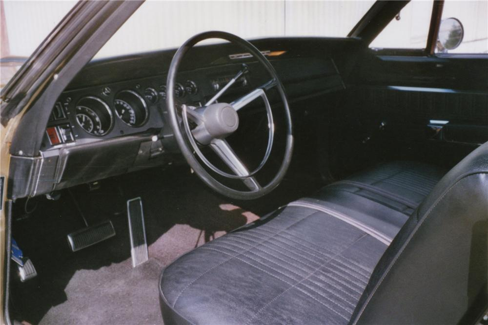 1968 DODGE SUPER BEE 2 DOOR COUPE - Interior - 112803