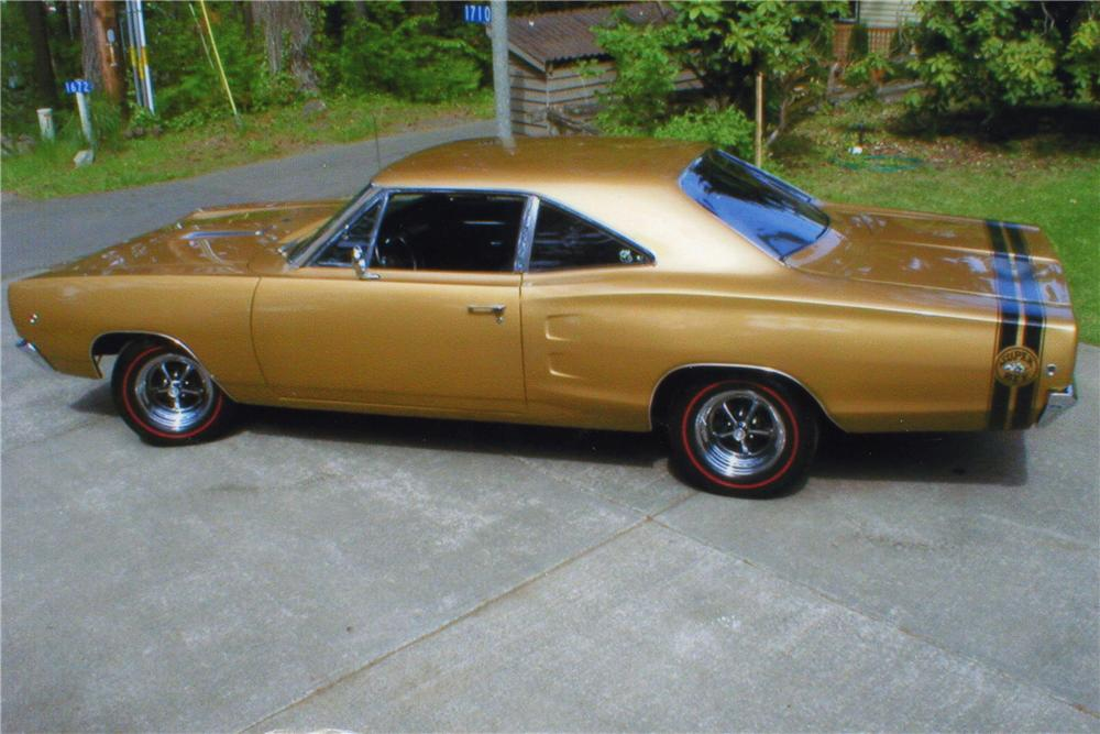 1968 DODGE SUPER BEE 2 DOOR COUPE - Side Profile - 112803