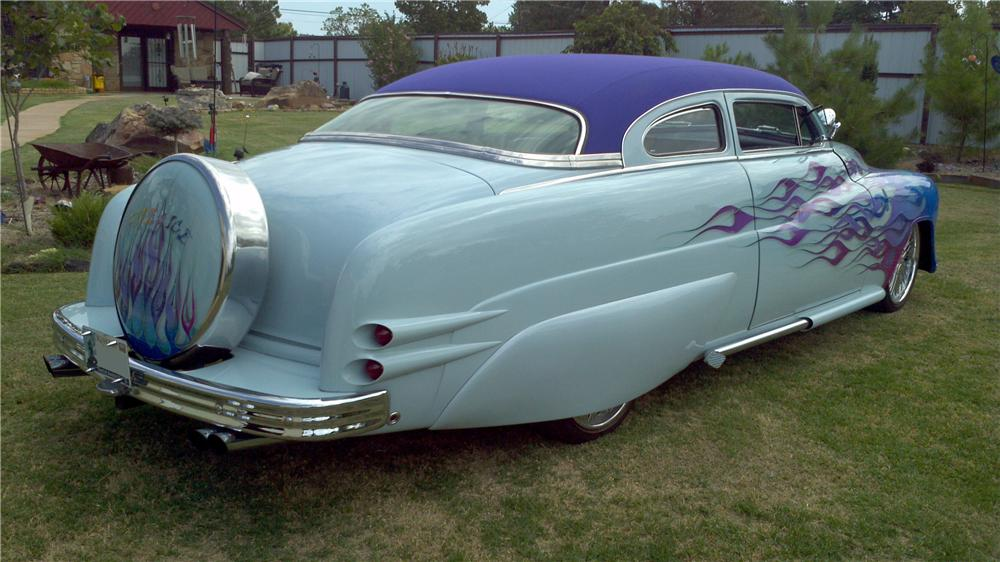 1951 MERCURY CUSTOM 2 DOOR HARDTOP - Rear 3/4 - 112807