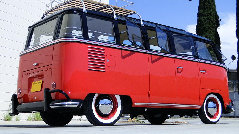 1961 VOLKSWAGEN 23 WINDOW SAMBA BUS - Rear 3/4 - 112811